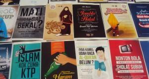 beberapa poster dengan konten islami mewarnai pameran (14/06/15