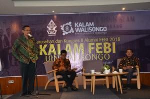 Lukman Hakim (Ketua Kalam Walisongo) sedang memberikan sambutan. Bertempat di ballroom Allstay Hotel Semarang. Minggu, (16/9/2018).