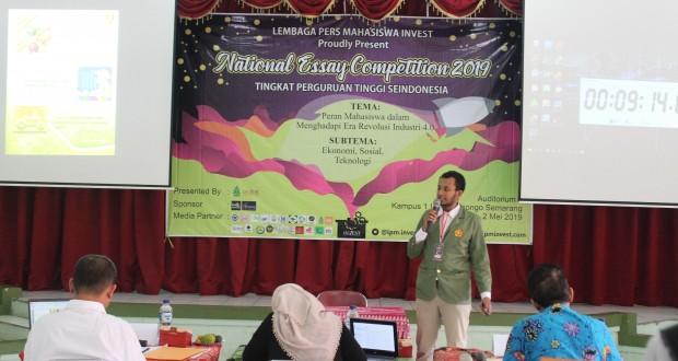 Babak II National Essay Competition 2019, sedang berlangsung presentasi di Audit I lantai 1 kampus 1 UIN Walisongo Semarang. Kamis, (2/5/2019)