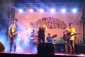 Grup band Fase UKM Musik UIN Walisongo