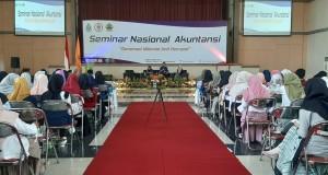 Suasana Auditorium 2 Kampus III UIN Walisongo Semarang saat acara Seminar Nasional Akuntansi. Selasa, (22/10/2019)