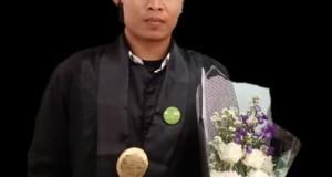 Hafidh Hidayatullah program studi Ilmu Falak Fakultas Syariah dan Hukum (FSH). Rabu, (20/11/2019).