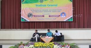 Foto Narasumber yaituTurmudzi Dosen Fakultas Syariah dan Hukum (FSH) UIN Walisongo Semarang dan Akhmad Syakir Kurnia Dosen Universitas Diponegoro.