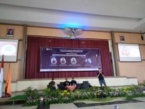 Tampak para pembicara pada seminar nasional yang diadakan Dewan Eksekutif Mahasiswa Fakultas Ekonomi dan Bisnis Islam , Kamis, (13/02/2020) di Auditorium II Kampus III UIN Walisongo Semarang.
