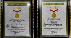 Piagam Penghargaan dari Museum Rekor Indonesia (MURI)