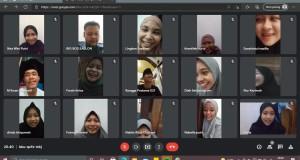 Peserta Takbir Virtual KKN MIT-DR Kelompok 6 Sedang Melakukan Sesi Dokumentasi